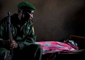 Der letzte Abschied von Ranger Kambale Kalbumba, der sein Leben für den Park ließ. Virunga-Nationalpark, © Brent Stirton/Getty Images